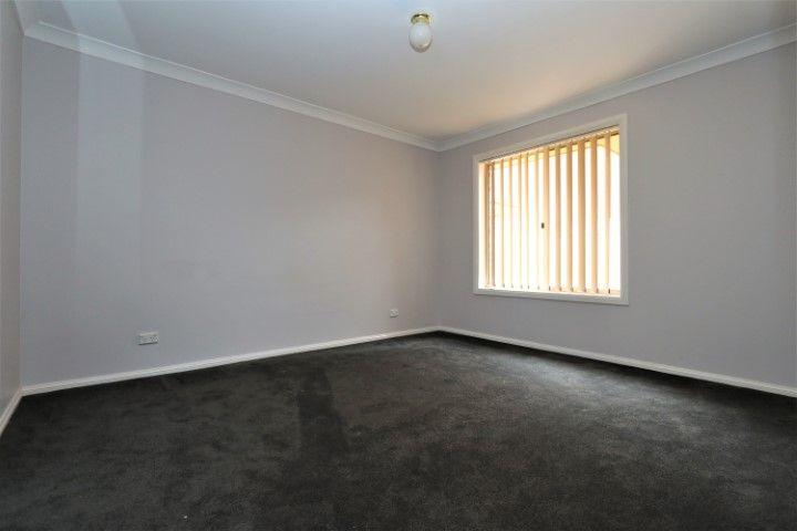 3/90 Parkes St, Temora NSW 2666, Image 2