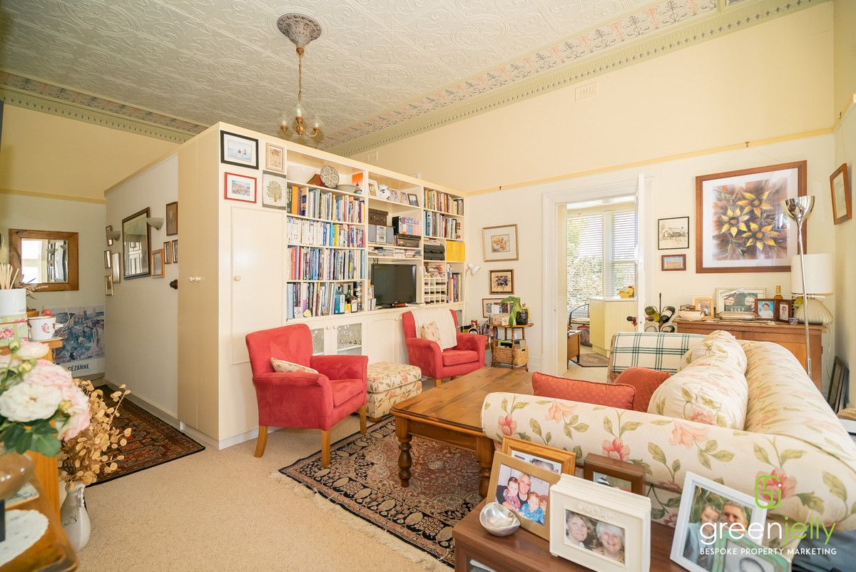2/108 Brown Street, Armidale NSW 2350, Image 2