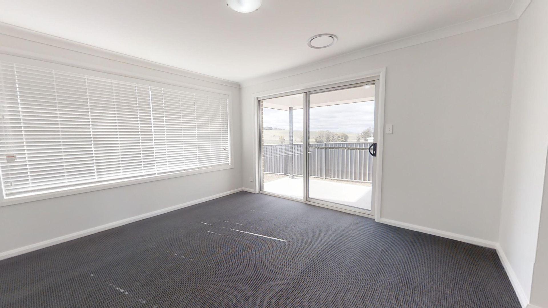 2/19 Scarborough Street, Orange NSW 2800, Image 1