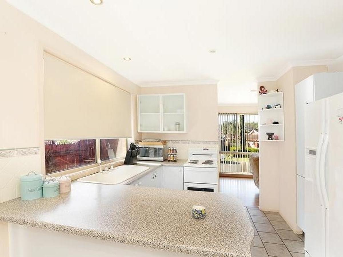 5 Sittella Place, Glenmore Park NSW 2745, Image 1
