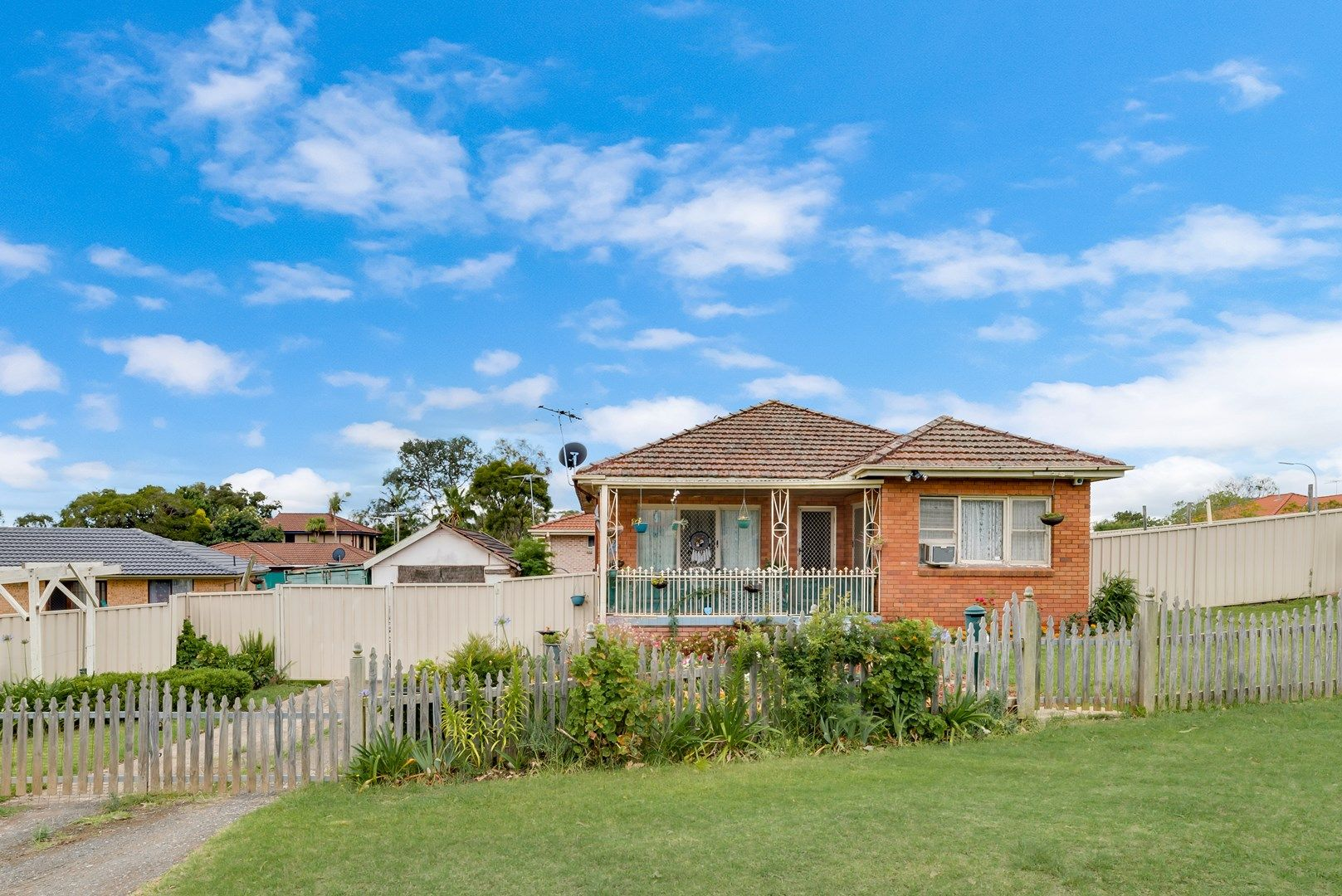 40 Lantana Street, Macquarie Fields NSW 2564, Image 2
