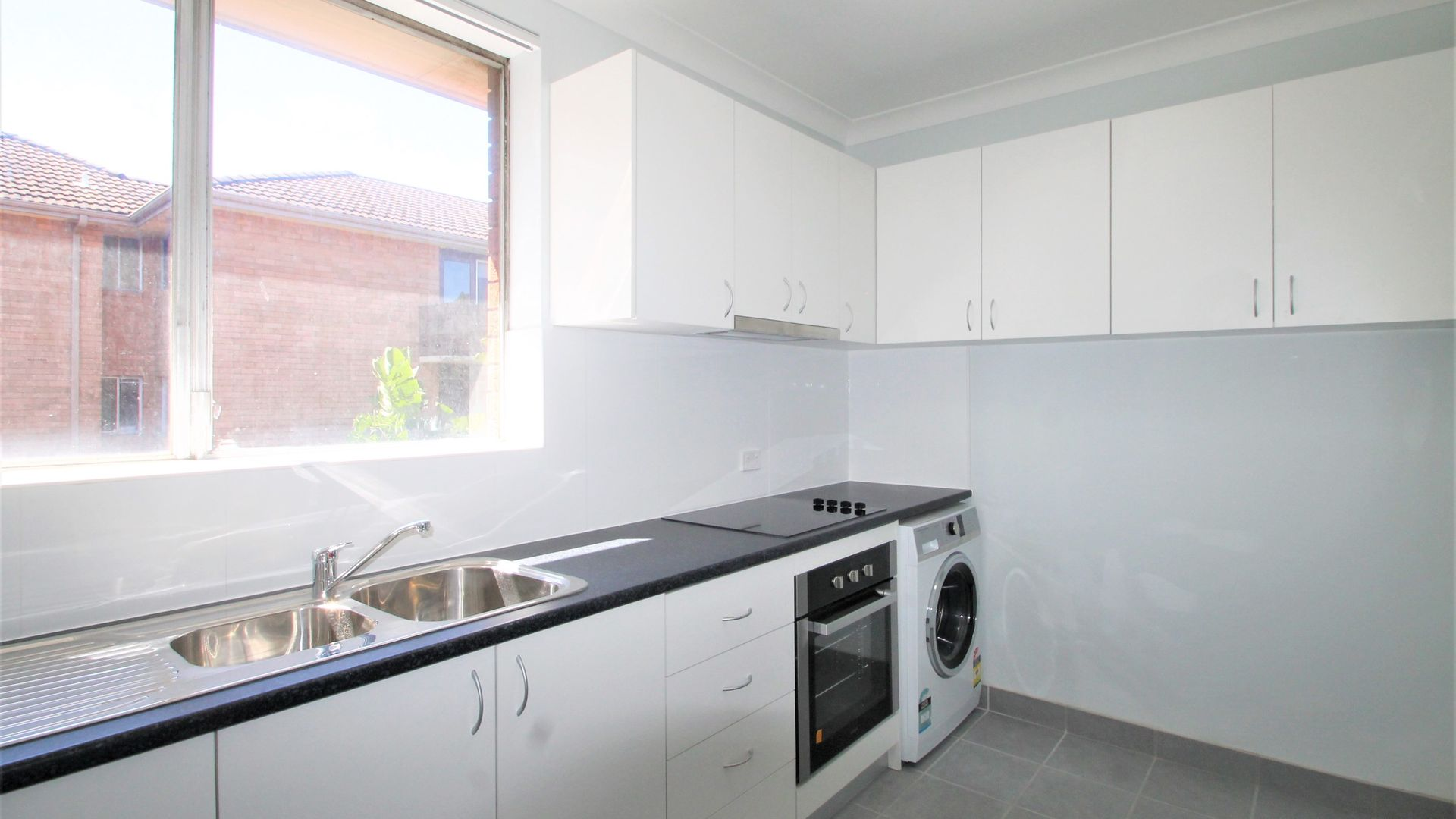 9/15 Linsley Street, Gladesville NSW 2111, Image 1