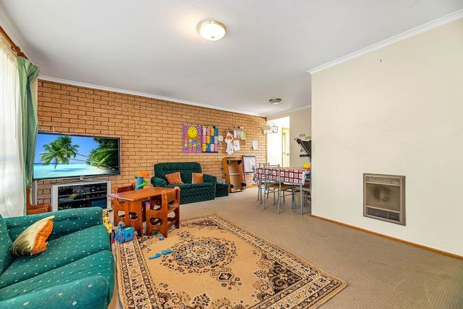 Picture of 16 Macfarlan Place, LATHAM ACT 2615