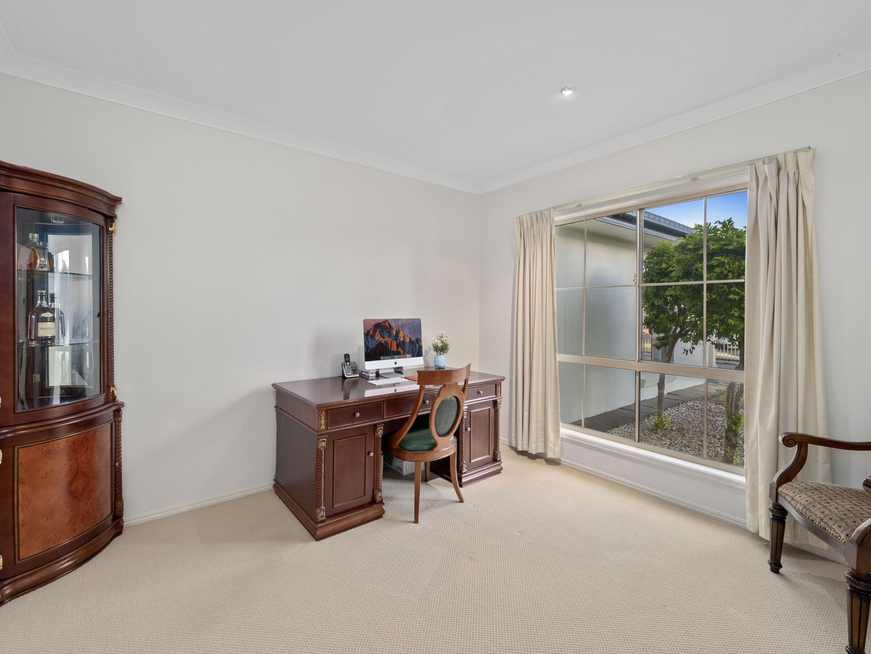 20 Parkhurst Place, Kuraby QLD 4112, Image 2