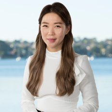 Hanna Kim, Sales representative