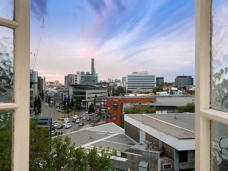 18 Victoria Terrace, Bowen Hills QLD 4006, Image 0
