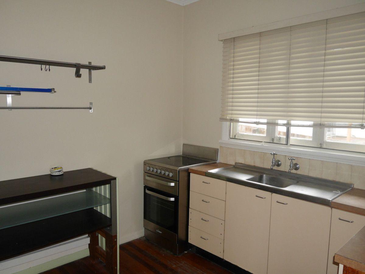 15 Skew Street, Sherwood QLD 4075, Image 2