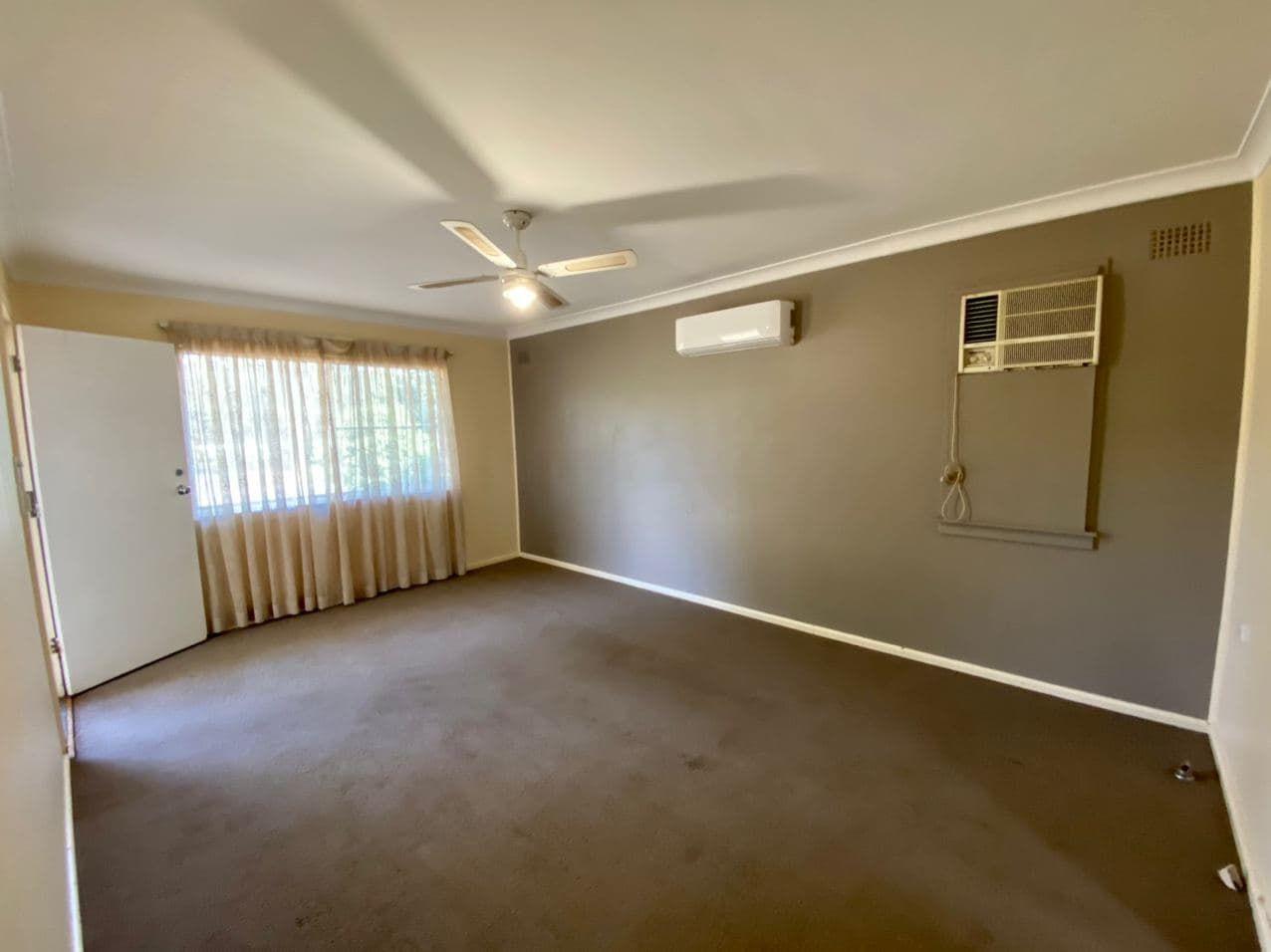 10 Porter St, Parkes NSW 2870, Image 1
