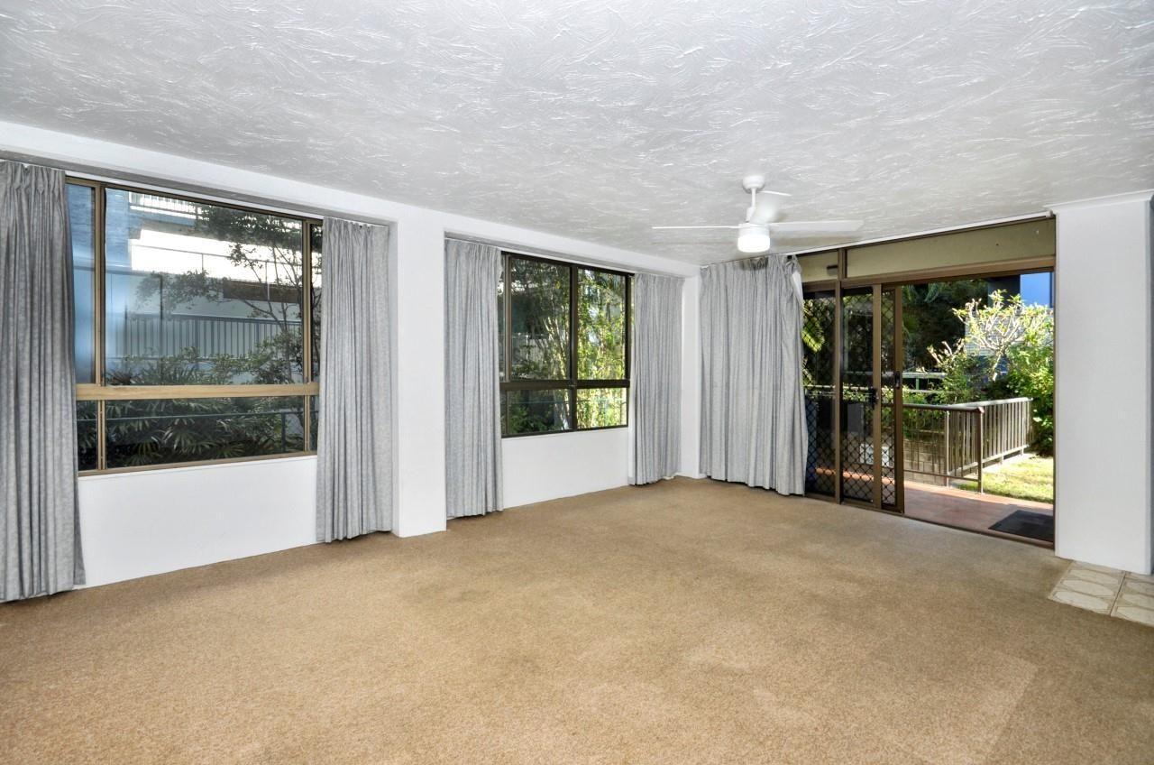 2/14 Levuka Avenue, Kings Beach QLD 4551, Image 5