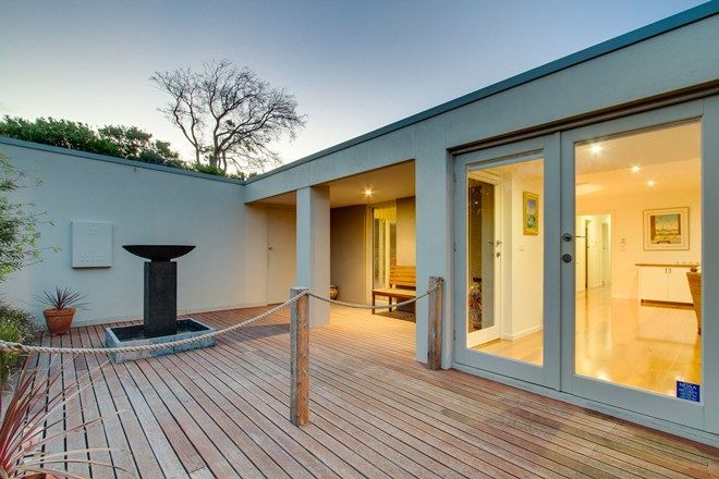 Picture of 18 King Street, SORRENTO VIC 3943