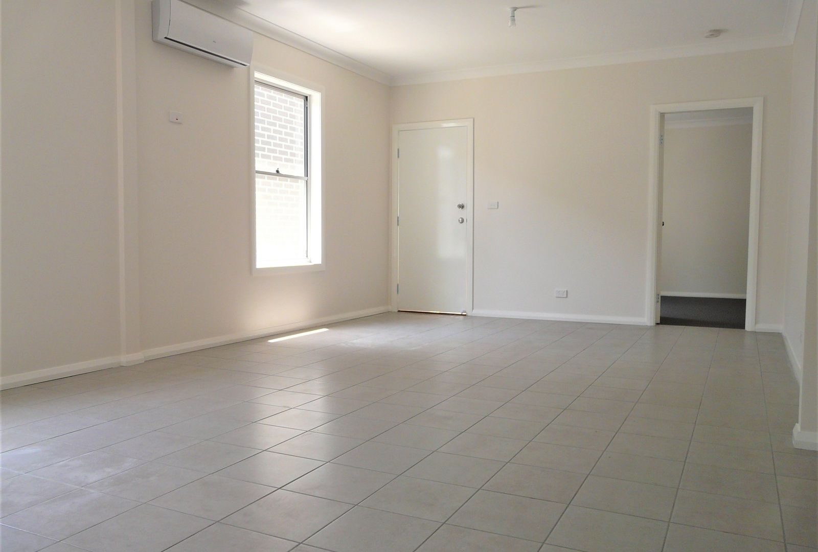 2/15 Howe Street, Lambton NSW 2299, Image 1
