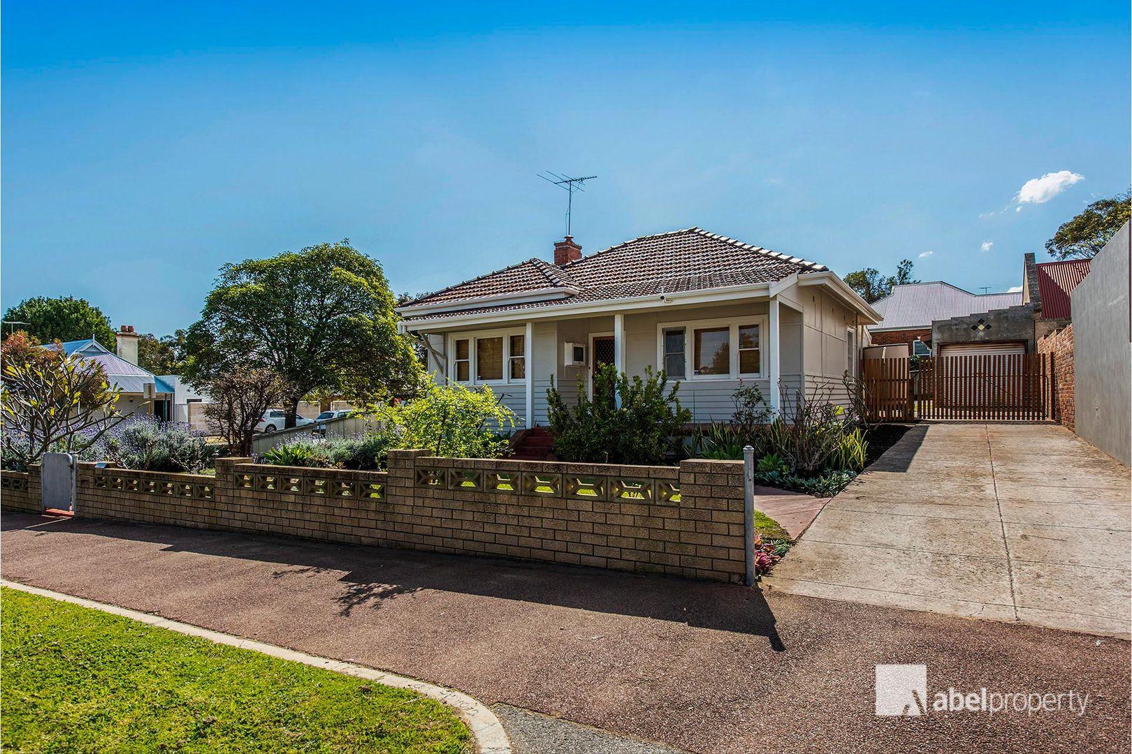 148 George Street, East Fremantle WA 6158, Image 2