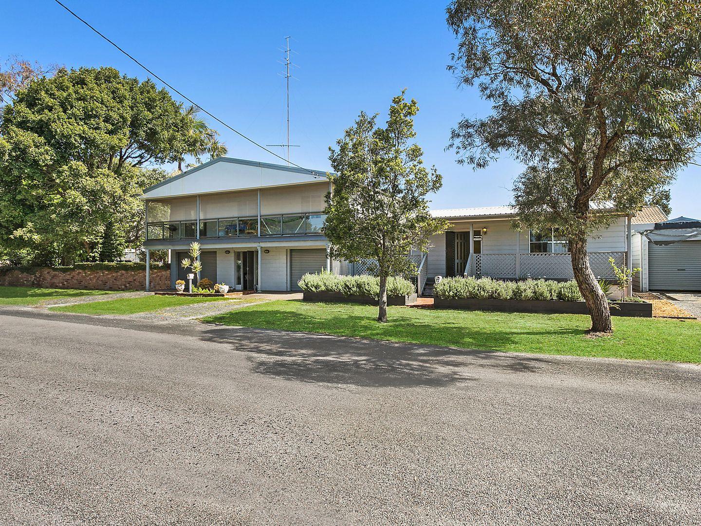 9 Tenth Avenue, Budgewoi NSW 2262, Image 0