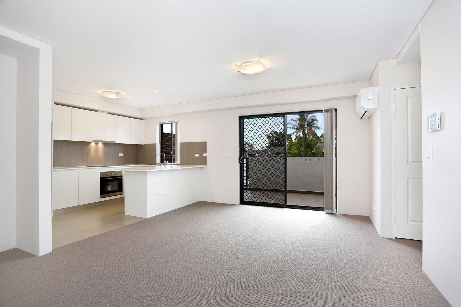 10/31 King Street, Penrith NSW 2750, Image 2