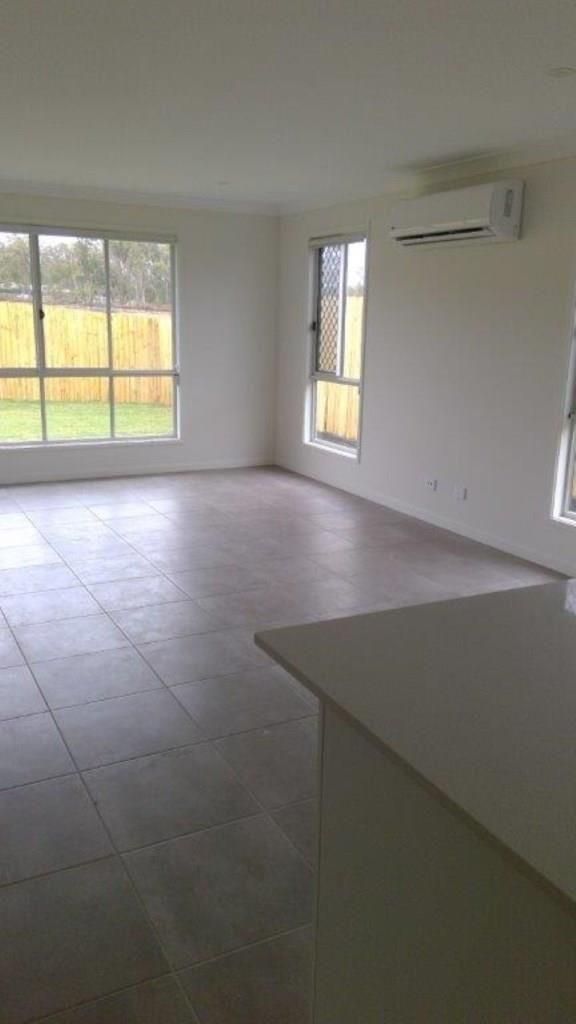 46 Anne Street, Park Ridge QLD 4125, Image 2