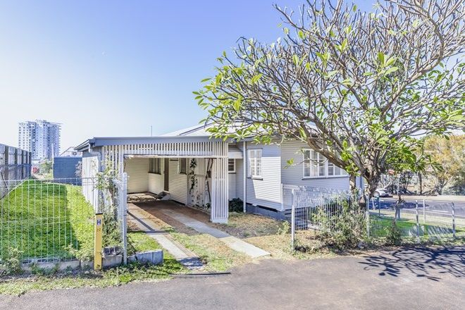 Picture of 45 Darling Street, WOODEND QLD 4305