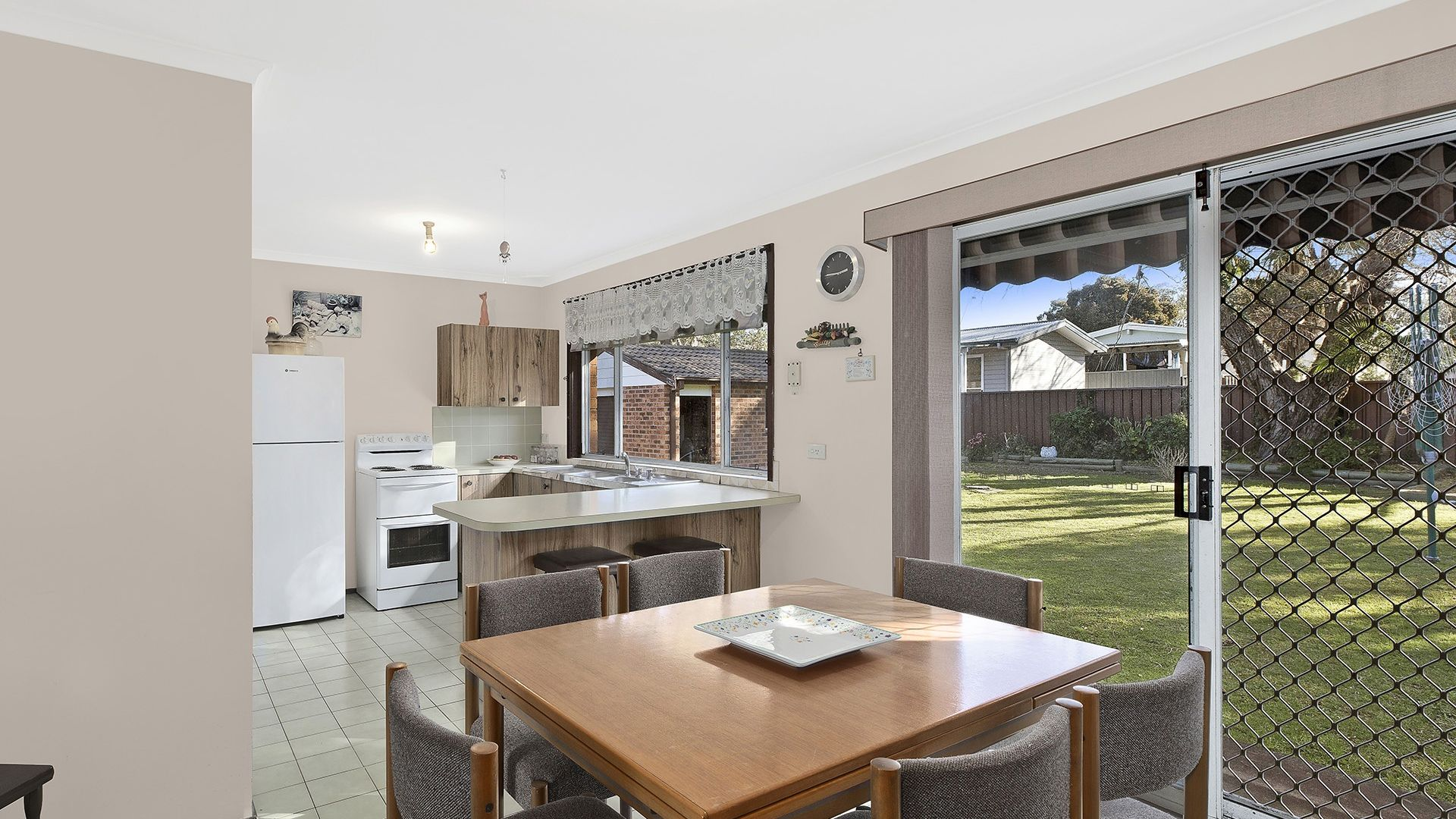 24 Sierra Avenue, Bateau Bay NSW 2261, Image 2