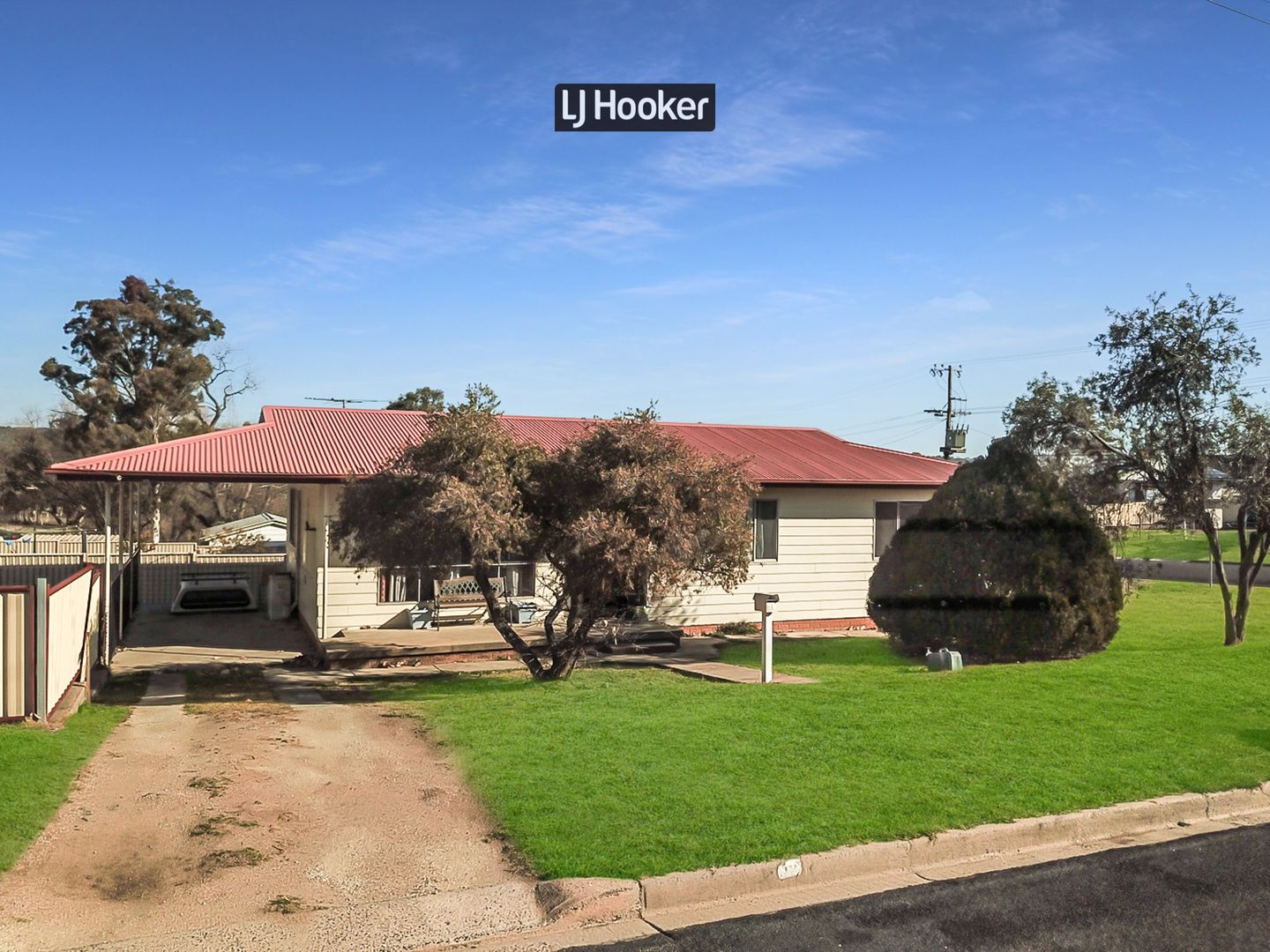 19 Moore Street, Inverell NSW 2360, Image 0
