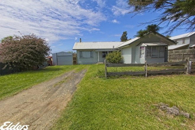 Picture of 32 STEWART STREET, TARRAVILLE VIC 3971