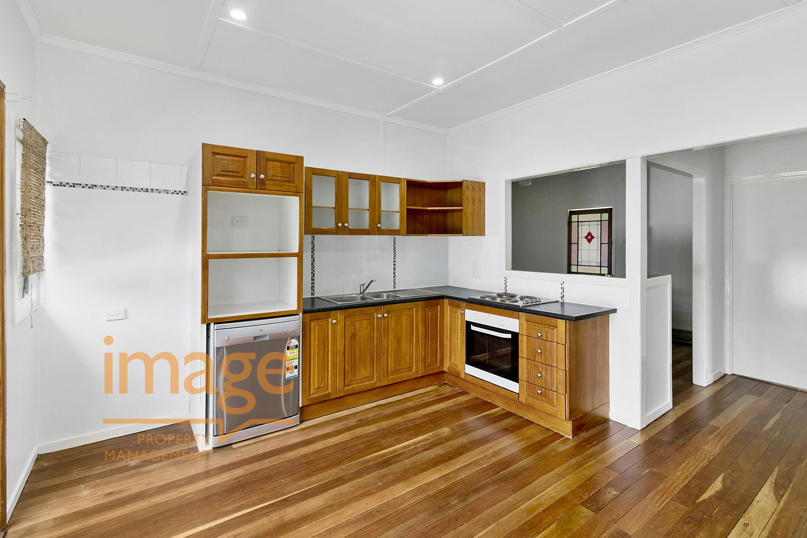 11 Bremer Street, Churchill QLD 4305, Image 2