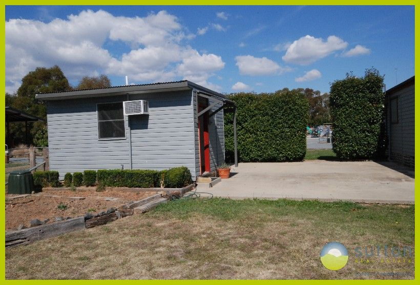 112 Molonglo Street, Bungendore NSW 2621, Image 2