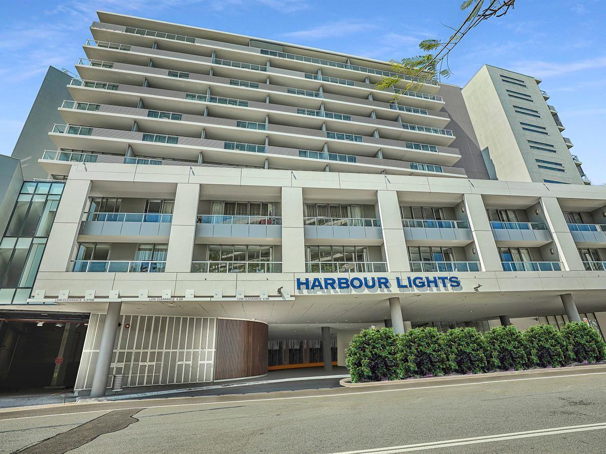 214/1 Marlin Parade, Cairns QLD 4870, Image 2