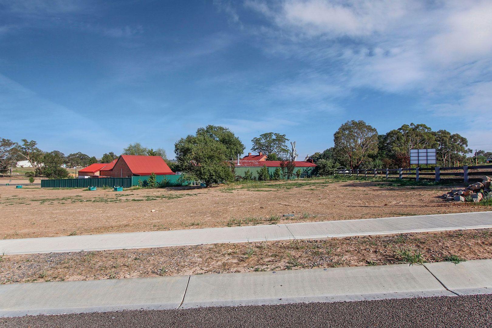 2 Green Avenue, Gunning NSW 2581, Image 2