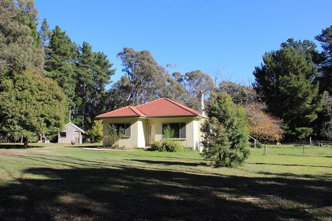 Picture of 43 Boundary Road, WOODEND VIC 3442