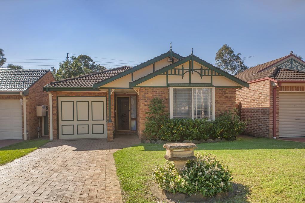 10 Torrens Court, Wattle Grove NSW 2173, Image 0