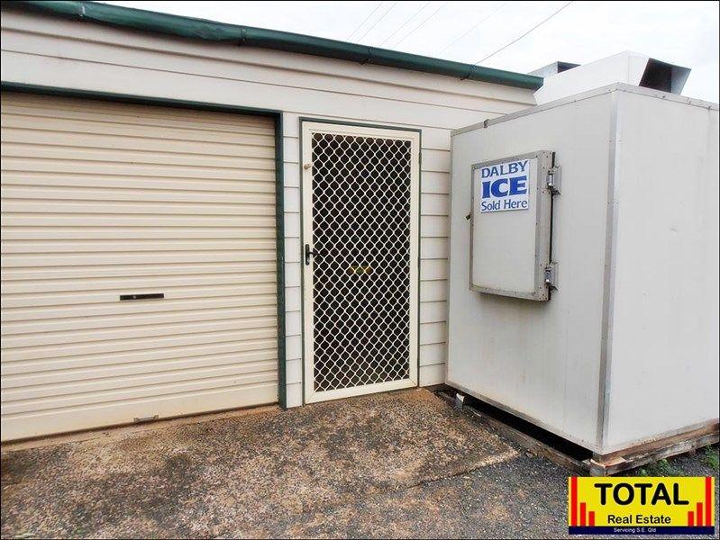 15 Sara Street, Meandarra QLD 4422, Image 2