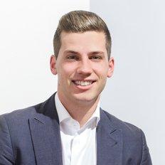 Julian Cannata, Sales Consultant