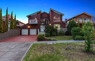 Picture of 37 Templewood Crescent, Avondale Heights VIC 3034