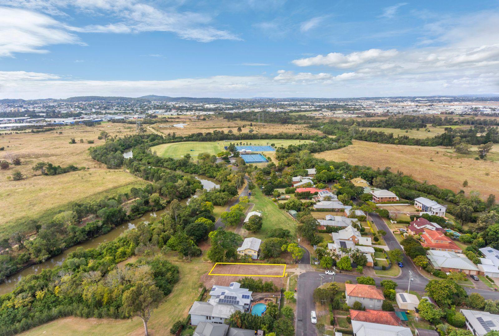 40 Erinvale Street, Corinda QLD 4075, Image 2
