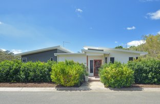 Picture of 22 West Ridge Crescent, West Gladstone QLD 4680
