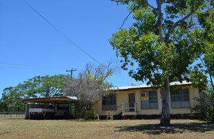 Picture of 2 Oak Street, Blackwater QLD 4717