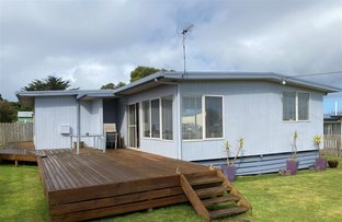 Picture of 16 Blackwood Street, Grassy TAS 7256