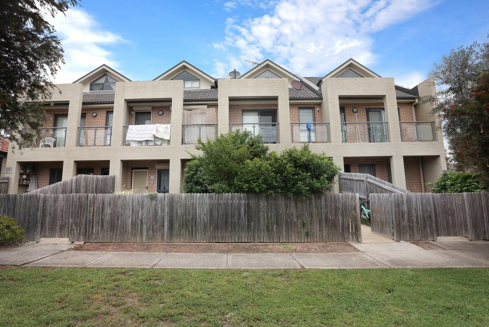 11/24-26 Markey St, Guildford NSW 2161, Image 0