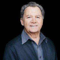 Albert Kramer, Sales representative