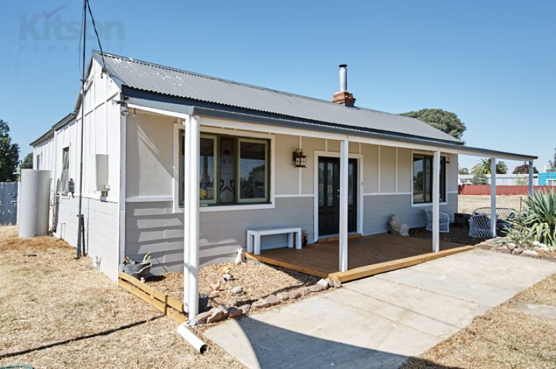 11 Cox Street, Yerong Creek NSW 2642, Image 0