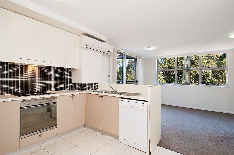 371/80 John Whiteway Drive, Gosford NSW 2250, Image 1