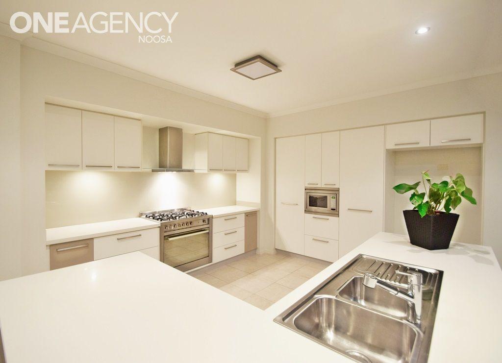 10 Aspera Place, Noosaville QLD 4566, Image 1
