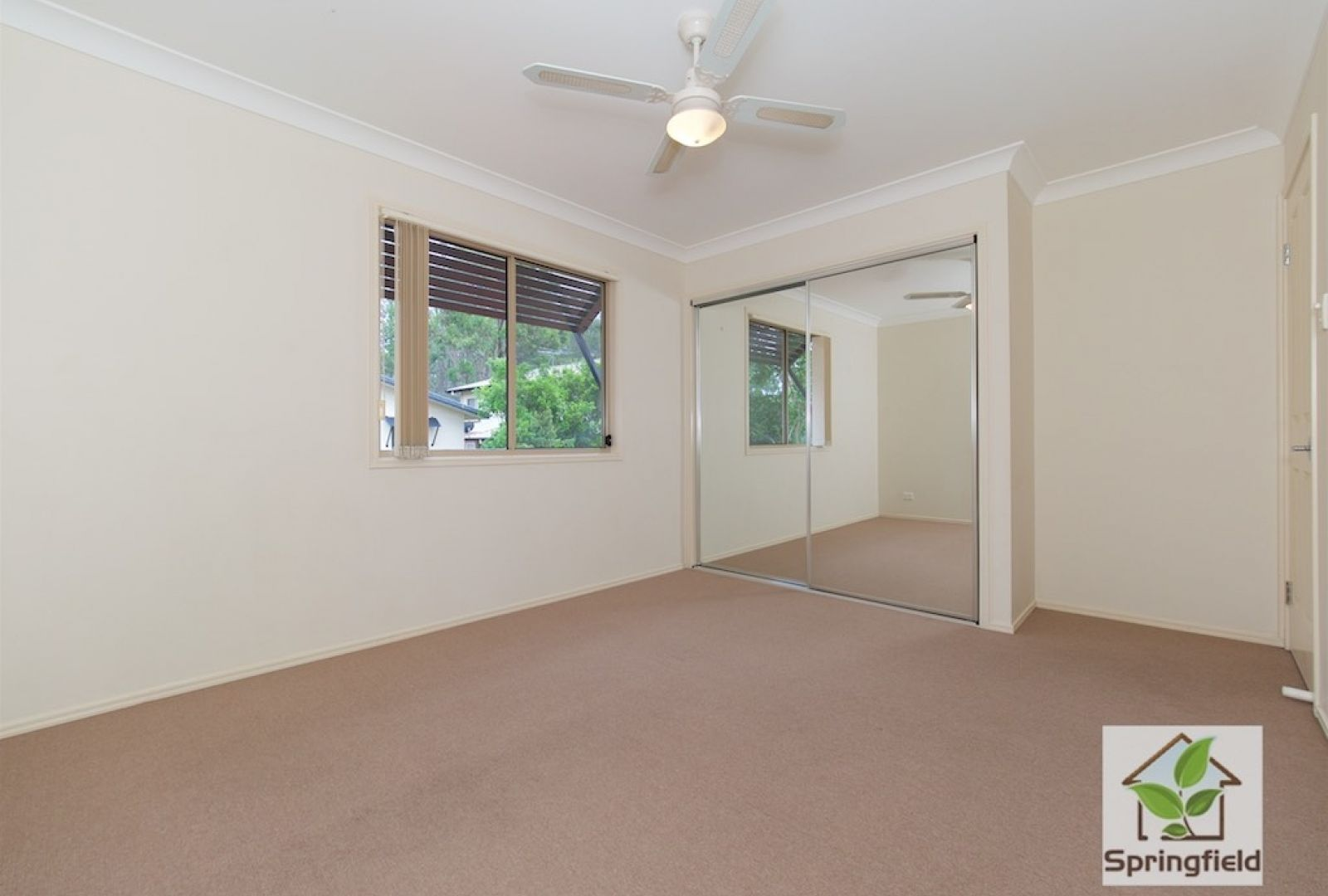 19 Springfield College Drive, Springfield QLD 4300, Image 9