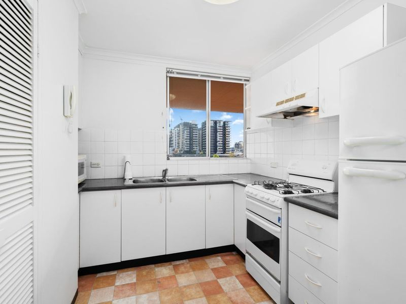 33/12-16 Belmore Street, Burwood NSW 2134, Image 2