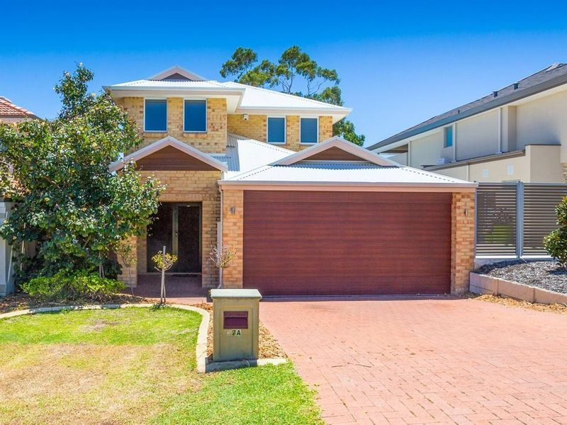 37A Davy Street, Alfred Cove WA 6154, Image 0
