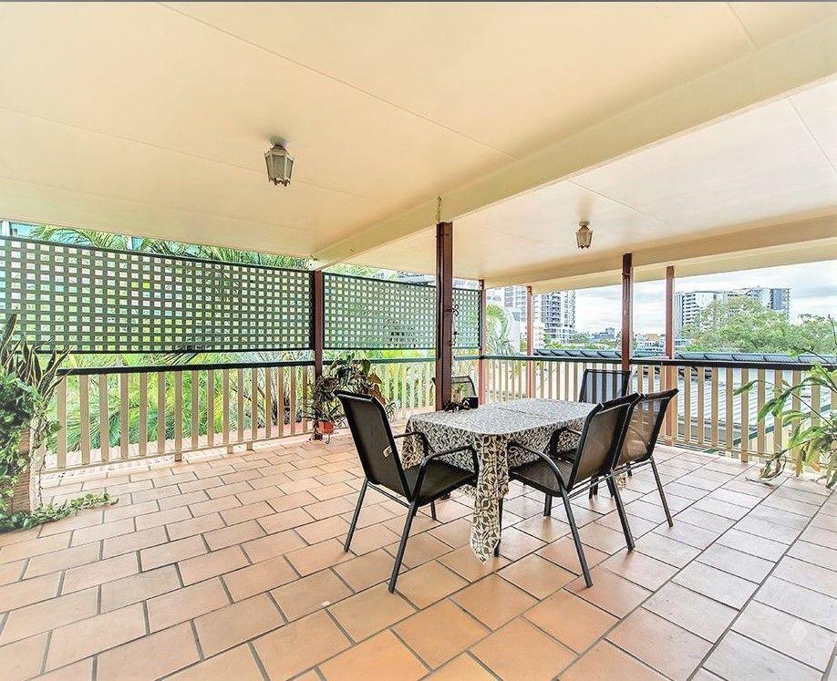 Room 3/42 Macdonnell Street, Toowong QLD 4066, Image 0