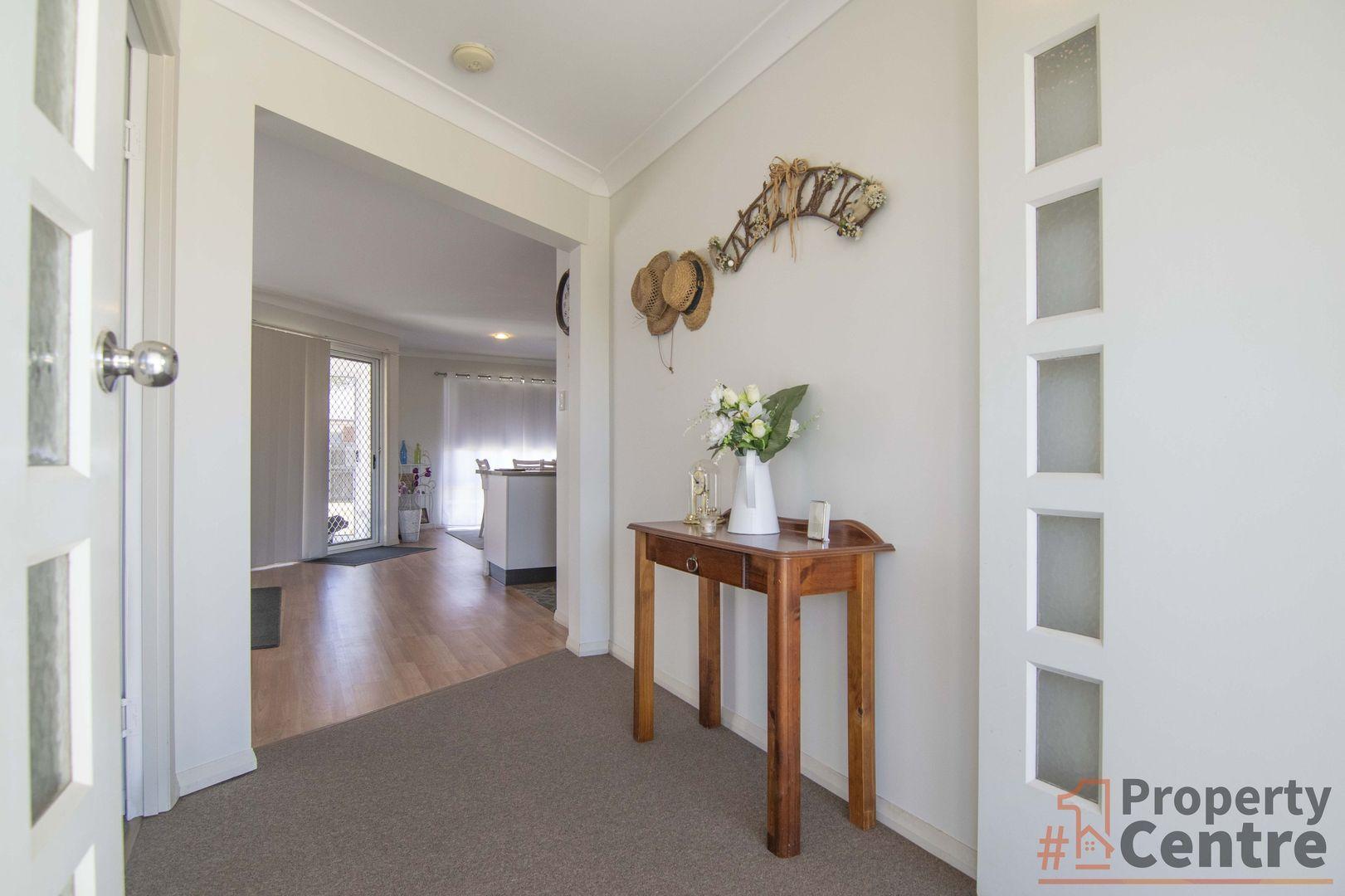 1 Montclair Close, Dalby QLD 4405, Image 2