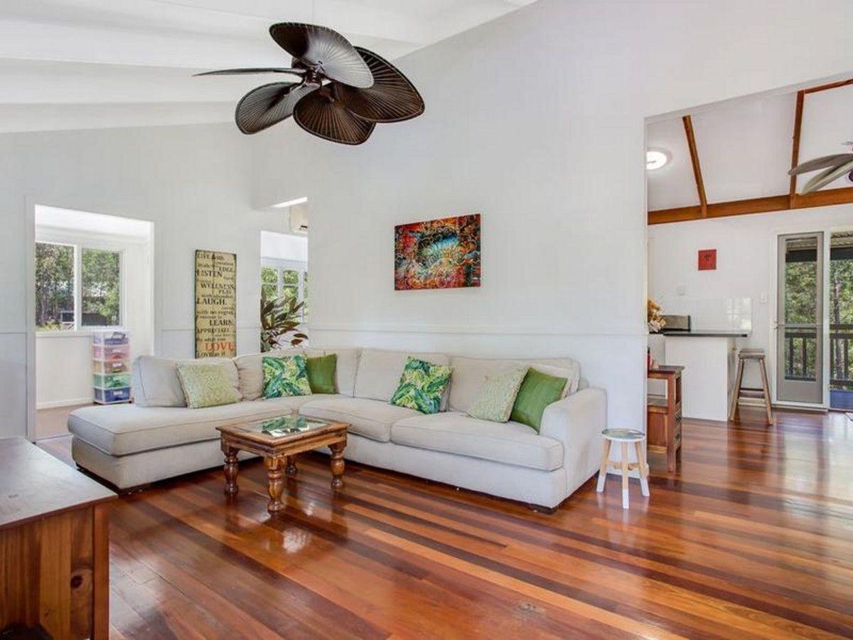 8 Alice Bowden Court, Worongary QLD 4213, Image 2