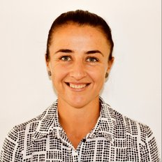Lana Bennett, Sales consultant