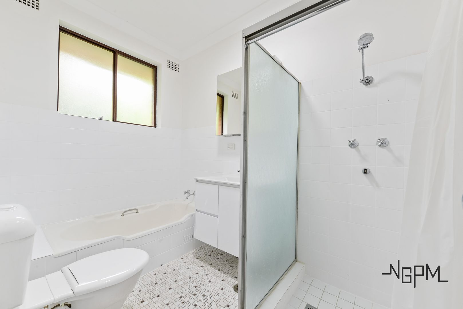 6/55 Hampton Court Road, Carlton NSW 2218, Image 2