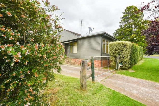 Picture of 2/20 Pioneer  Street, MITTAGONG NSW 2575
